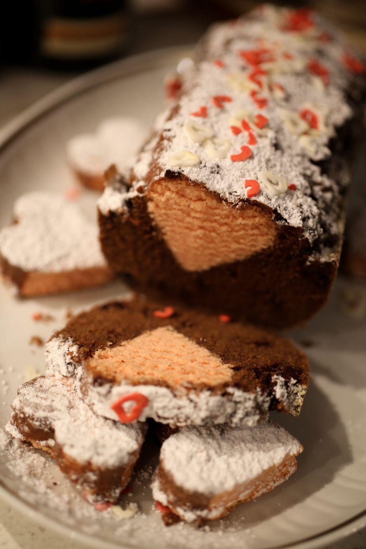La ricetta del dolce perfetto per S.Valentino: Surprise Cake con cuore